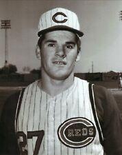 Pete Rose--Cincinnati Reds--Glossy 8x10 B&W Photo