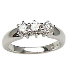 Anillo trilogy de oro blanco 18kt. con diamantes naturales talla brillante