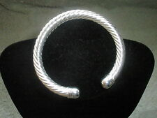 Markenlose Modeschmuck-Armbänder im Armreif-Stil aus Stein
