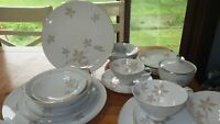 Mikasa Fine China Fair Oaks Dinnerware set service 4 3 cups saucers gold trim EC