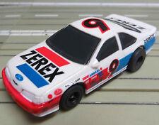 für H0 Slotcar Racing Modellbahn  --   Thunderbird mit Tomy Chassis