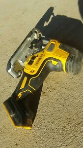 DEWALT DCS335B 20V Lithium-Ion Barrel Handle Jig Saw (Tool Only)