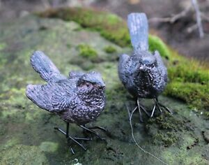 Garden Ornament Stone Wren Bird Pair Home  indoor outdoor Christmas Gift