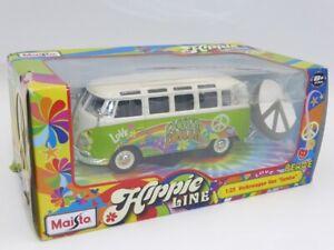 MAISTO HIPPIE VW Camper Van 'Flower Power' SAMBA 1/25 Scale Diecast Model 32301