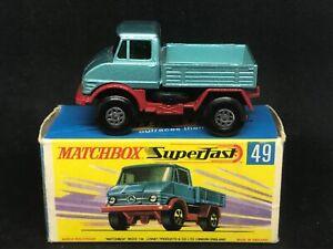 Matchbox MB49A5 Mercedes Unimog (Metallic Blue, plain grille) & G Box