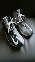 NIKE AIR MAX STUTTER STEP 2 BASKETBALL SHOES SIZE 11 Excellent condition!
