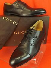 NIB GUCCI BLACK  LEATHER WINGTIP PERFORATED SCRIPT LOGO OXFORDS 9 US 10 # 233519
