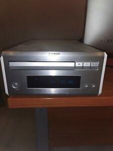YAMAHA NATURAL SOUND COMPACT DISC PLAYER CD E 410