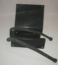 ARCTIC CAT SNOWMOBILE BATTERY BRACKET W/ STRAPS NOS ITEM PART NUMBER 0120-428