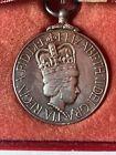 1952-1977 Queen Elizabeth II Silver Jubilee Medal Elizabeth II DEI Gratia ReginaCanada: Modern - 25552
