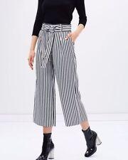 Karen Millen Polyester Capri, Cropped Trousers for Women