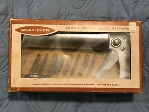 Vintage Wearever Cookie Gun & Pastry Decorator Complete In Box 3365