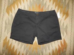 NWT - Old Navy Size 12 Petite Black Cotton Shorts
