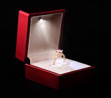 Ringetui Schmucketui Ringbox Schmuckbox Schmuckverpackung rot m. LED Beleuchtung