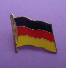 Pin's pin DRAPEAU FLAG ALLEMAGNE GERMANY (ref CL14)