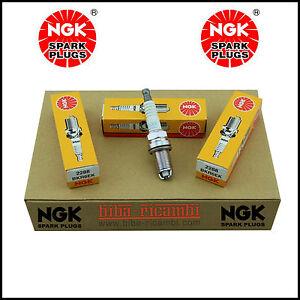 Candele Accensione Kit 4 Candele NGK BKR6EK 2 Punte Candela NGK 2288