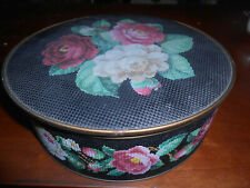 "1940s Sunshine Biscuit Guildcraft NY 10"" Roses Needlepoint Black Textured Tin NR"