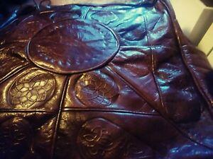 Handmade leather Moroccan pouffe - unstuffed 40cm x 30cm