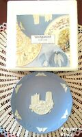 Wedgwood Jasperware Christmas 1990 DURHAM CATHEDRAL Blue White Collectible Plate