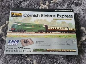 N gauge 370-070 Graham Farish Cornish Rivera Digital Train Set Class 42 Warship