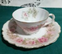 Rosenthal R. C.  Malmaison tea Cup and Saucer Roses w/ Gold Trim Bavaria.