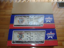 USA Trains Bear Whiz #906 & #907 Box Cars