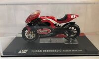 """DIE CAST """" DUCATI DESMOSEDICI RUBENS XAUS 2004 """" MOTO GP SCALA 1/24"""