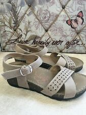 Softlites Ladies Sandals Size 4