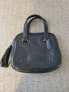 ASPECTS by LISETTE Black Soft WOVEN LEATHER Handbag Purse New w/o Tags.