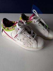 Baby Phat Womens White Shoes women's US 6.5