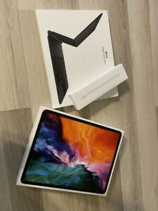 Apple iPad Pro 4th Gen. 128GB, Wi-Fi, 12.9inch-Magic Keyboard, Apple Pencil 2