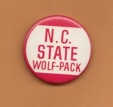 OLD 1970s NORTH CAROLINA N C STATE WOLFPACK PINBACK BUTTON Unsold Stock