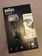 Braun Series 5 5190cc Mens Electric Foil Shaver w Clean & Charge System, Wet/Dry
