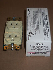 New Cooper/Arrow Hart 5362I Dup Receptacle 2 pole 3 wire 20 amp 125v