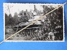 Foto Ostfront Russland erbeuteter russischer Panzer T 34