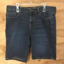 G H Bass Women's sz 8 Jean shorts Denim Medium wash 10 inch inseam