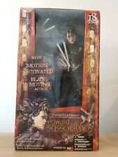 Neca - McFarlane Movie Maniacs Edward Scissor Hands 1/4 Scale Figure