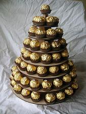 Circulaire ferrero rocher pyramide/support table de mariage sweet. détient 80 - 90 ferro
