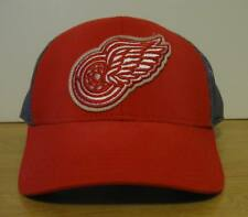 OSFA Men CCM Detroit Red Wings MeshBack Trucker SnapBack Hat Red NWT