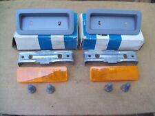 NOS MoPar 1969 69 Plymouth B-Body fender side marker BEZEL AND REFLECTOR 2932923