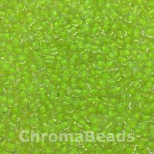 50 Gramos De Semillas De Vidrio Cuentas-Transparente Con Verde Lima De Interior-Aprox 2 mm, Tamaño 11/0