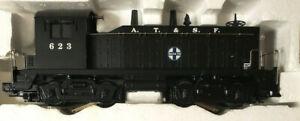 Williams O Gauge 21698 NW-2 Switcher Powered Locomotive Santa Fe