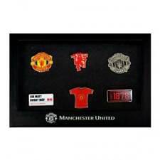 MUFC 6 PIECE BADGE SET GIFT BOX OFFICIAL LICENSED FOOTBALL PRODUCT