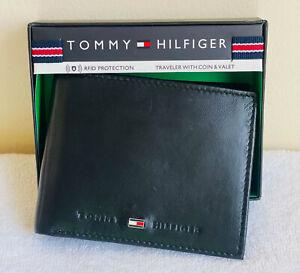 NEW TOMMY HILFIGER BLACK BILLFOLD LEATHER TRAVELER W/ COIN POCKET & VALET WALLET