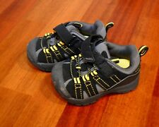 Jumping beans sneaker shoes toddler boy Size 5 Black
