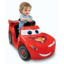Fisher-Price Power Wheels Lightning McQueen 6-Volt Battery-Powered Ride-On (Age