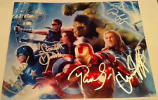 Avengers Full Cast Photo -- 6 Signatures - MARVEL Comics