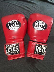 Cleto Reyes boxing gloves 16 Oz. Red