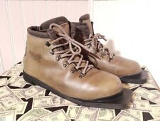 New listing Asolo Glissade 330 Mens Cross Country Ski Boots Sz 9.5 Made In Italy 3 pin 75mm