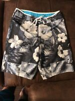 Men's Speedo Black, Grey & White Floral Printed Board Shorts Size 34